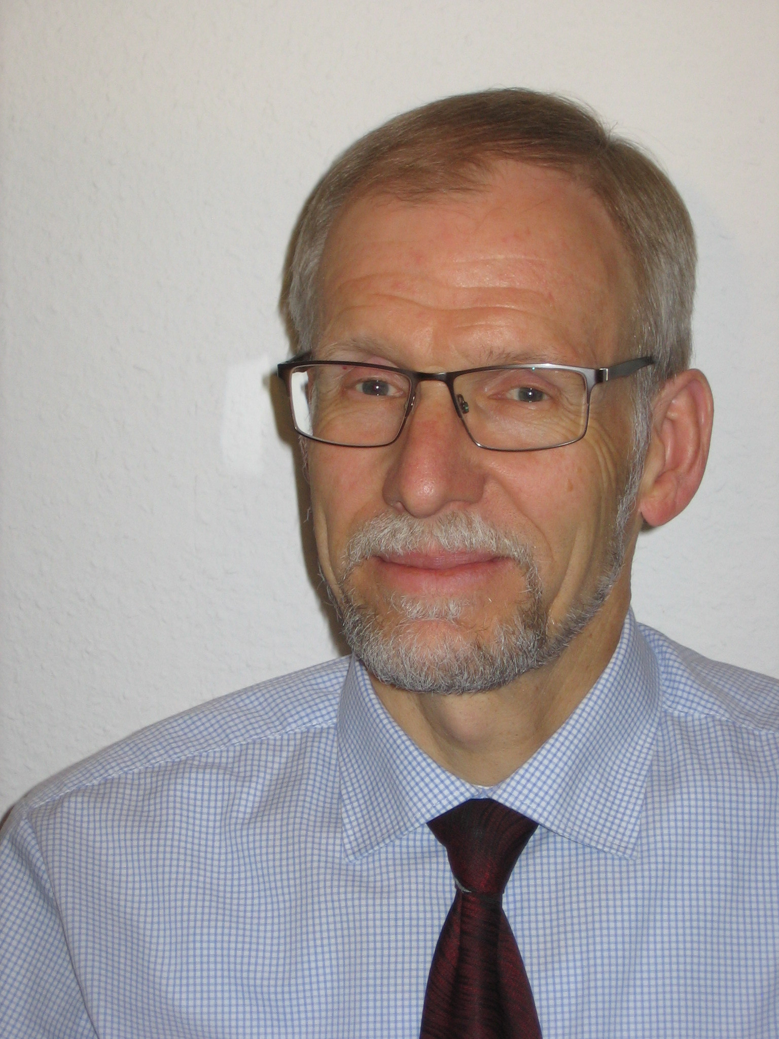 apl. Prof. Dr. Volker Böhm